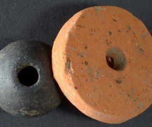 Spinnwirtel des Mittelalters aus Recyclingmaterial